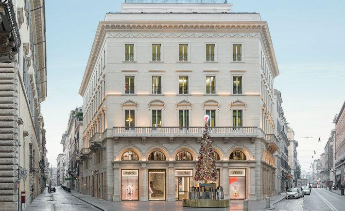 luxury fendi maison valentina palazzo Fendi THE RENOVATED LUXURY PALAZZO FENDI IN ROME luxury fendi maison valentina