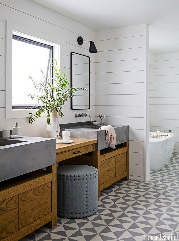 1443127616-gallery-1443126690-oct-bathroom-full designer bathrooms Beautiful Designer Bathrooms That Bring Style to Space 1443127616 gallery 1443126690 oct bathroom full