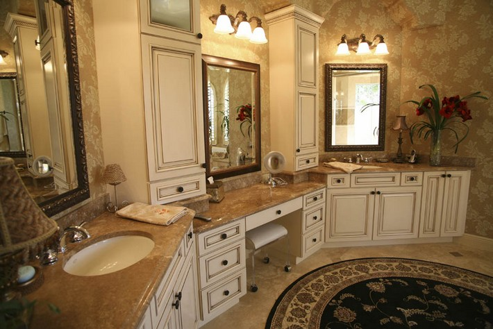 beatuiful marble topped double vanity_0 luxury bathrooms 40 Extra Luxury Bathrooms Ideas that Will Blow Your Mind beatuiful marble topped double vanity 0