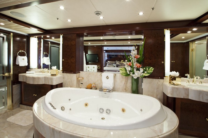 not-specified-custom-78375 luxury bathrooms 40 Extra Luxury Bathrooms Ideas that Will Blow Your Mind not specified custom 78375