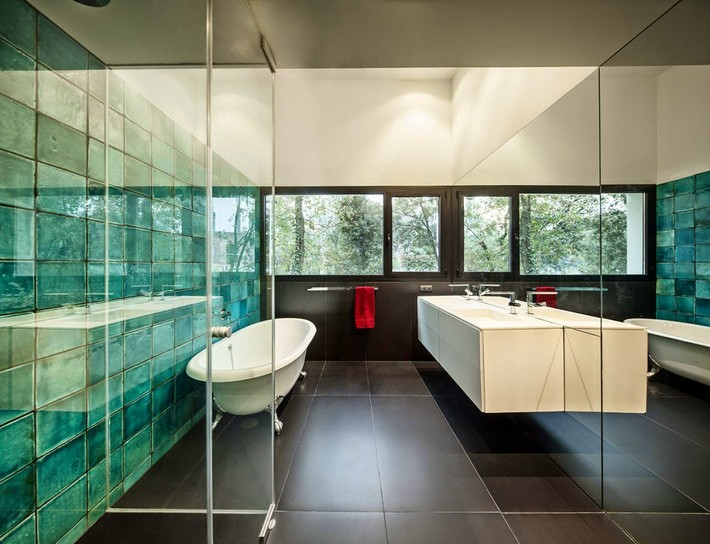 Elegant  Bathroom Design Ideas contemporary bathroom How to Create a Contemporary Bathroom hoooooome lametlla del valles mirag 10