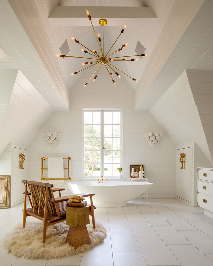 Get Inspired With These Bathrooms with Living Room Style