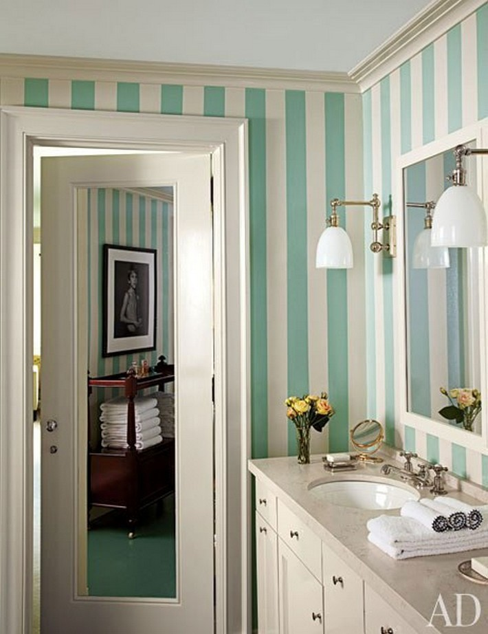Architectural digest 39 s 15 hot bathroom colors 2016 ideas for Bathroom wall colors 2016