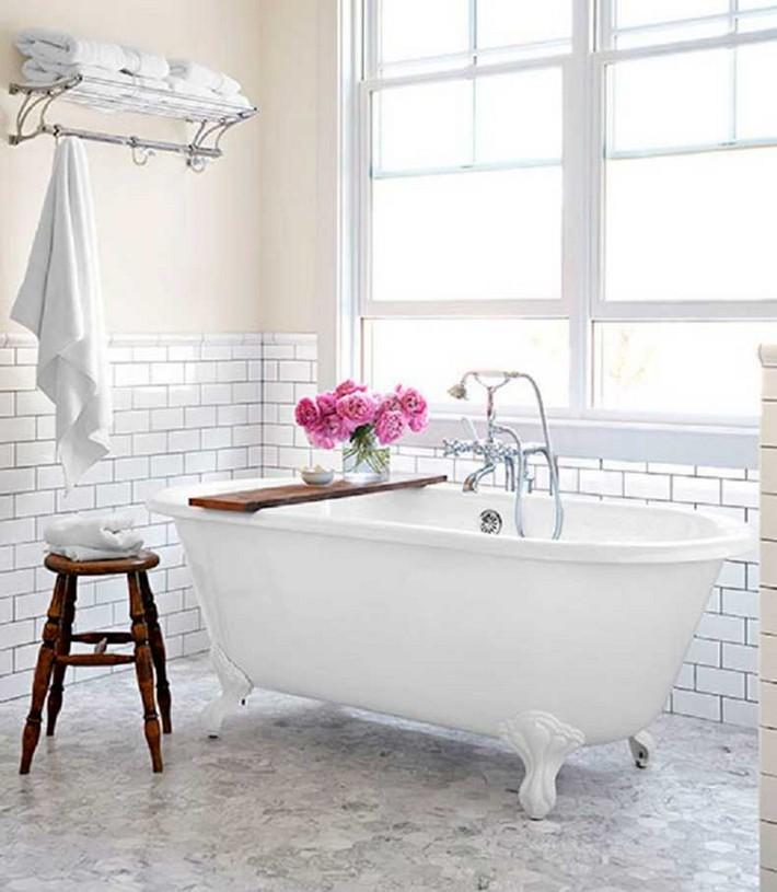 white bathroom ideas  white bathroom Minimalist White Bathroom Designs to Fall In Love B2