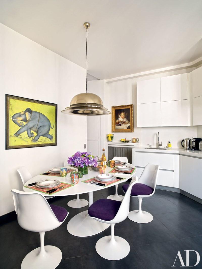 Look Inside An Ultra chic Paris Home
