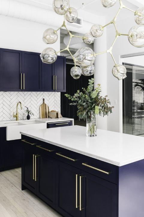 5 brilliant ways to master the color scheme navy blue and gold trend 5 brilliant ways to master the color scheme navy blue and gold trend 5 Brilliant Ways To Master the Color Scheme Navy Blue And Gold Trend a2da22ae081d322e85fc7048e9fef50f