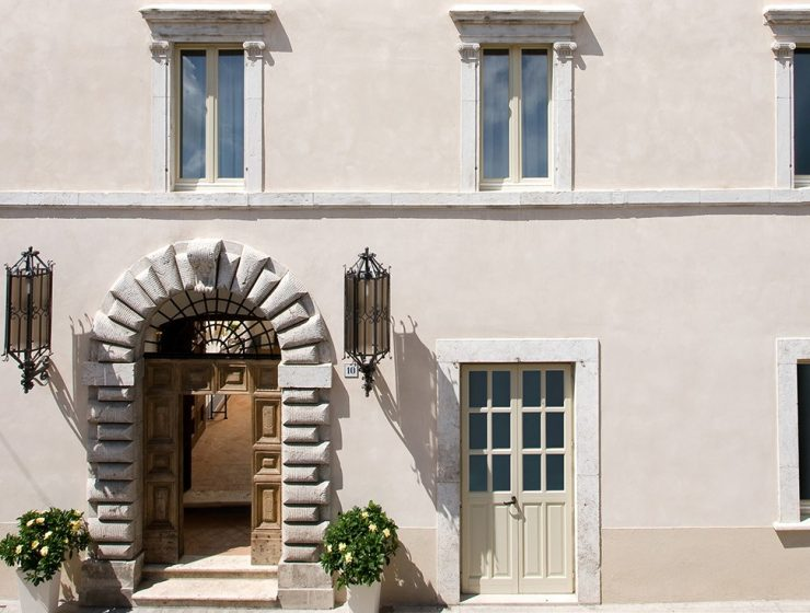 Italian Palazzo Seneca 2017's Hotel of the Year: Italian Palazzo Seneca a76cfe9e976b0405817c2ab8c3b70bec42b33a5c 740x560