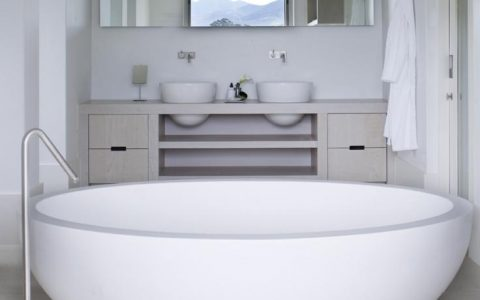bathroom remodel 5 Essencial Tips For Your Bathroom Remodel facebook In Stream Square   113d0d48232e810101894887ee1fd6d6 480x300