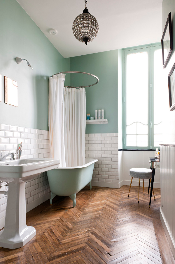 Interior design, summer, trends for 2018 bathroom color schemes The Boldest Bathroom Color Schemes to Explore this Summer french contemporary apartment mint bathroom