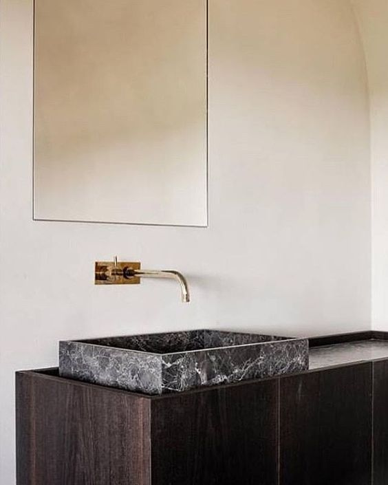 Minimalist Bathroom Decor: Minimalist Bathroom