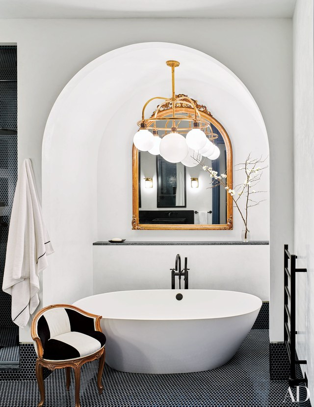 celebrity bathrooms, luxurious, design, bath, bathroom celebrity bathrooms 7 Celebrity Bathrooms that will Blow your Mind celebrity bathroom naomi watts