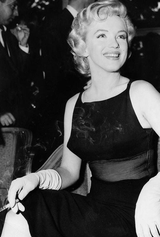iconic hotels, luxury, hotel iconic hotels Iconic Hotels Around the World: The Savoy, London the savoy london Marilyn Monroe