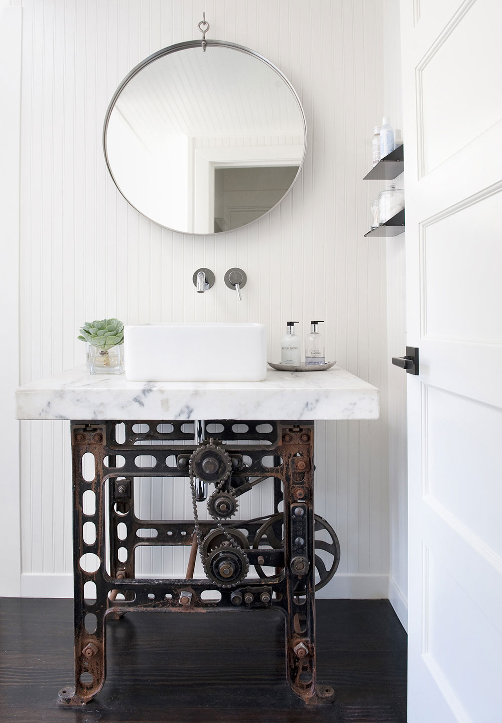 Industrial Style Bathroom Ideas, Industrial Style Bathroom Ideas Industrial Style Bathroom Ideas to Glam up Your Home rustic industrial bathroom vanity