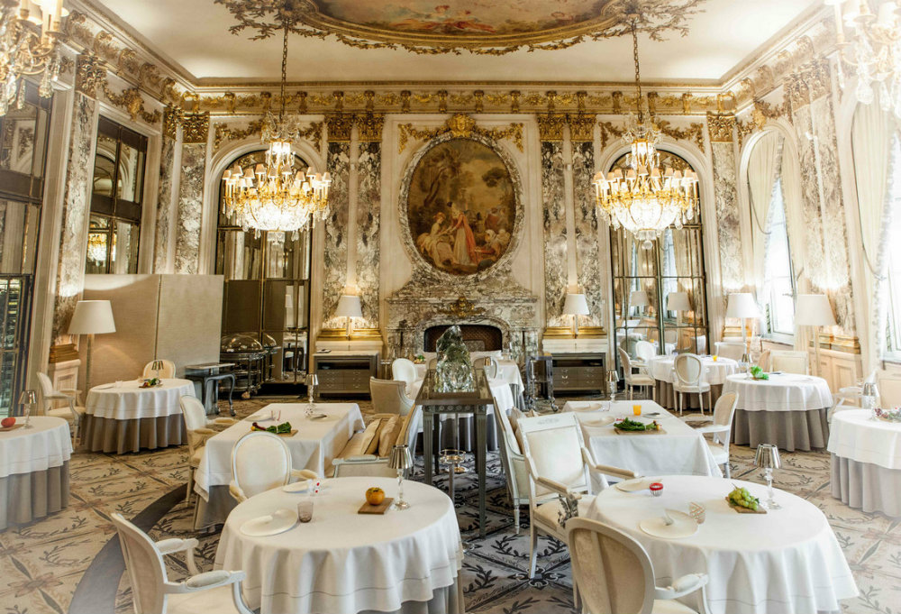 The Most Luxury Places to Eat In Paris 2019 The Most Luxury Places to Eat In Paris 2019 The Most Luxury Places to Eat In Paris 2019 The Best Luxury Restaurants in Paris 02