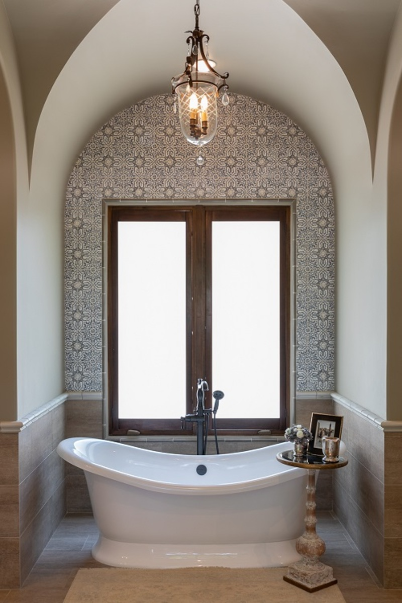 Rainey Richardson rainey richardson Rainey Richardson Interiors: Form and Function in Bathroom Design Rainey Richardson Interiors Timeless Inspiration Form and Function 14