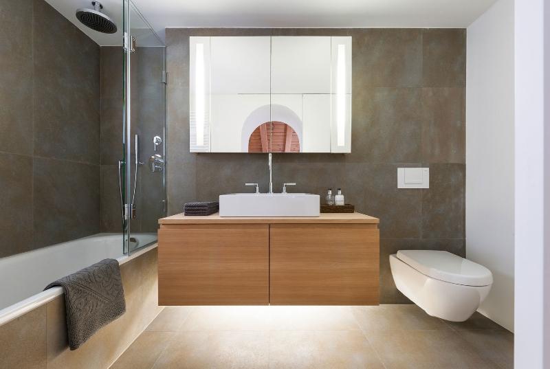 iria degen interiors Iria Degen Interiors: A Unique Vision in Bathroom Interior Design APARTMENT CHAMPF  R
