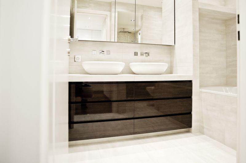 Top 20 Bathroom Ideas from Geneva Interior Designers geneva interior designers Top 20 Bathroom Ideas from Geneva Interior Designers Top 20 Bathroom Ideas from Geneve Interior Designers CORNER