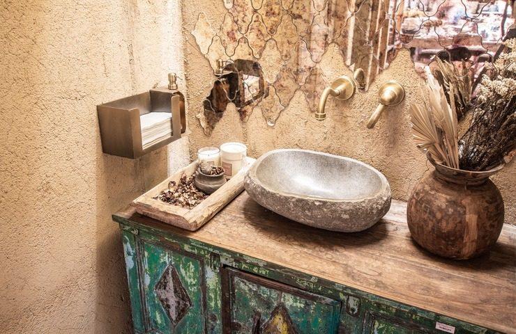 Showrooms That Impress_Madrid Displays to Die showrooms Showrooms That Impress: Madrid Displays to Die for Showrooms That Impress Madrid Displays to Die for8 1 740x480