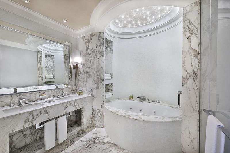 Top Interior Designers in Riyadh - Luxury Bathrooms Inspiration  luxury bathrooms inspiration Top Interior Designers in Riyadh – Luxury Bathrooms Inspiration 14 Top Interior Designers in Riyadh Luxury Bathrooms Inspiration