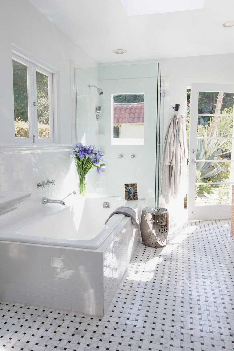 10 secrets of  Luxury Bathroom Projects in Los Angeles 10 secrets of  luxury bathroom projects in los angeles 10 Secrets of Luxury Bathroom Projects in Los Angeles RWD 024