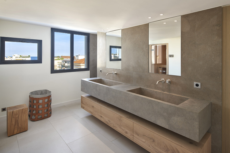 Extraordinary Master Bathroom Projects by SAS COLLECTION PRIVEE extraordinary master bathroom projects by sas collection privee Extraordinary Master Bathroom Projects by SAS COLLECTION PRIVEE Penthouse Croisette