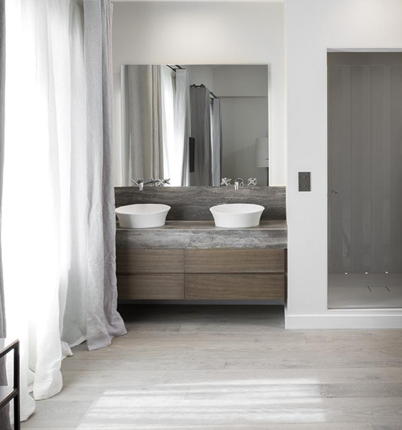 Extraordinary Master Bathroom Projects by SAS COLLECTION PRIVEE extraordinary master bathroom projects by sas collection privee Extraordinary Master Bathroom Projects by SAS COLLECTION PRIVEE Saint Tropez 3