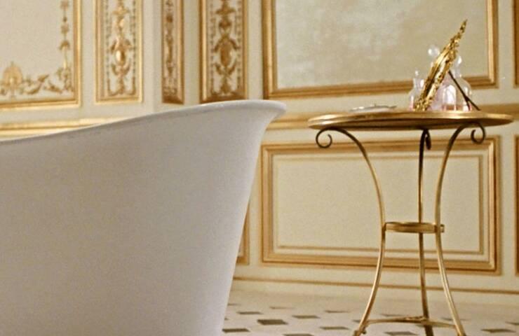 bathroom ideas Bathroom Ideas: Iconic Bathrooms from Hollywood Gems original  homepage original