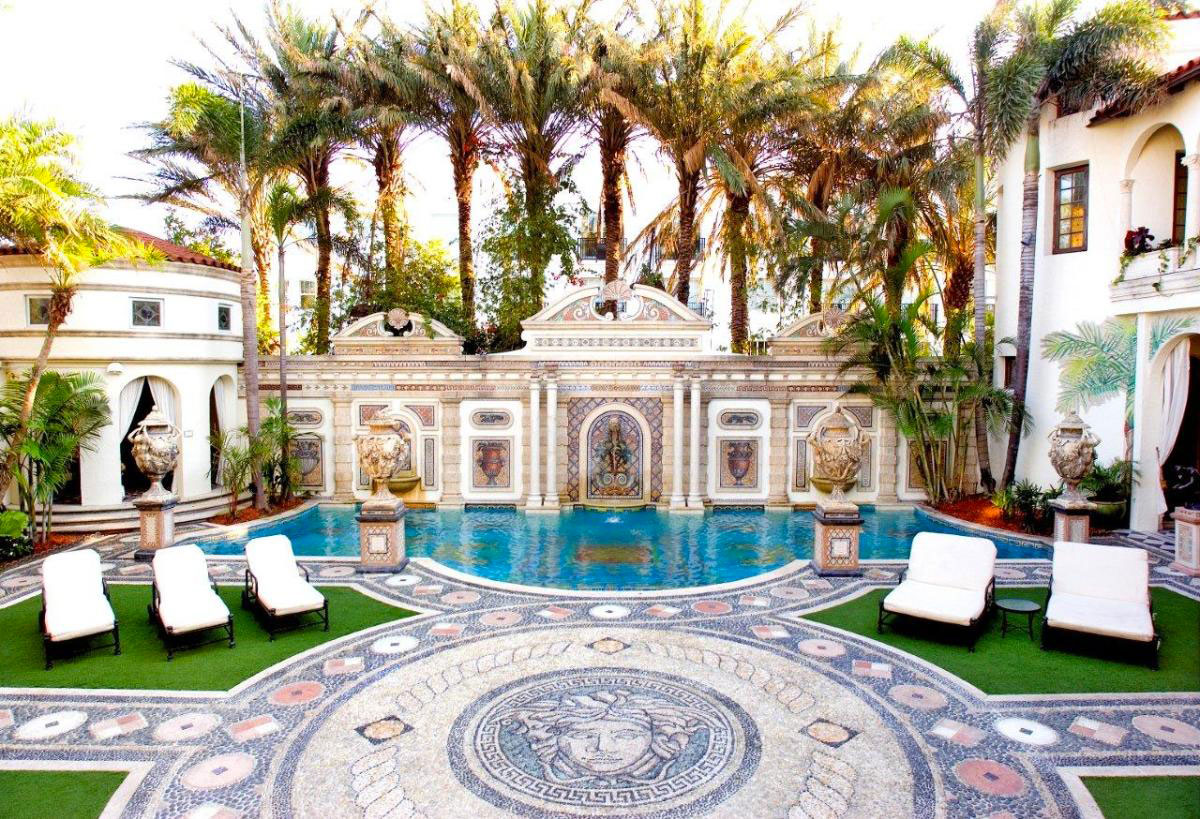 Gianni Versace S Miami Mansion Was Transform Into A