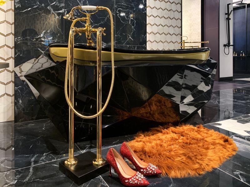 luxury bathroom Casa Milano Takes Dubai's Luxury Bathroom Design Scene to a New Level Casa Milano Takes Dubais Luxury Bathroom Design Scene to a New Level 4
