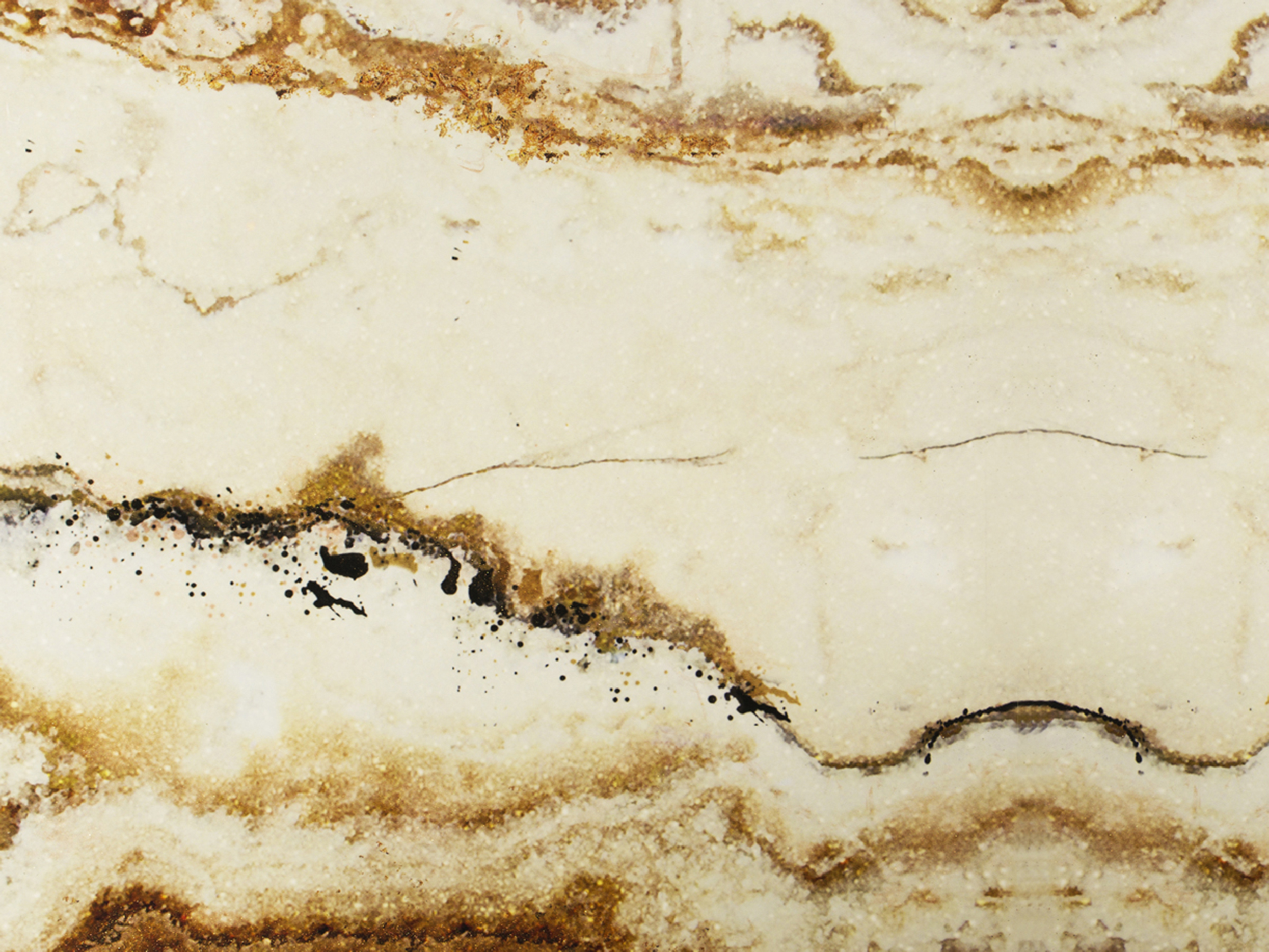 New Level of Luxury: Sumptuous Surfaces surfaces New Level of Luxury: Sophisticated Surfaces gold onyx surface 1 HR